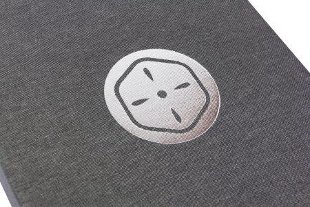 Pb Tre A4 Prt 30 Dg King Of Print Silver Foil Logo 1